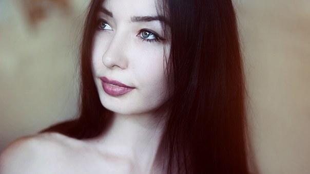 productos de peluquería online chica morena
